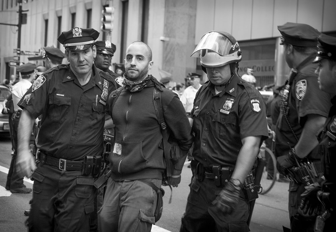 Occupy Wall Street NYPD rush arrest